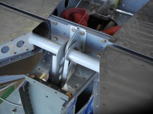 RV-9 Elevator Horn installed